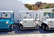 La Mini Moke électrique est à Grand-Baie sur Maurice