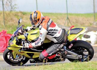 Les derniers aventuriers à moto à Maurice
